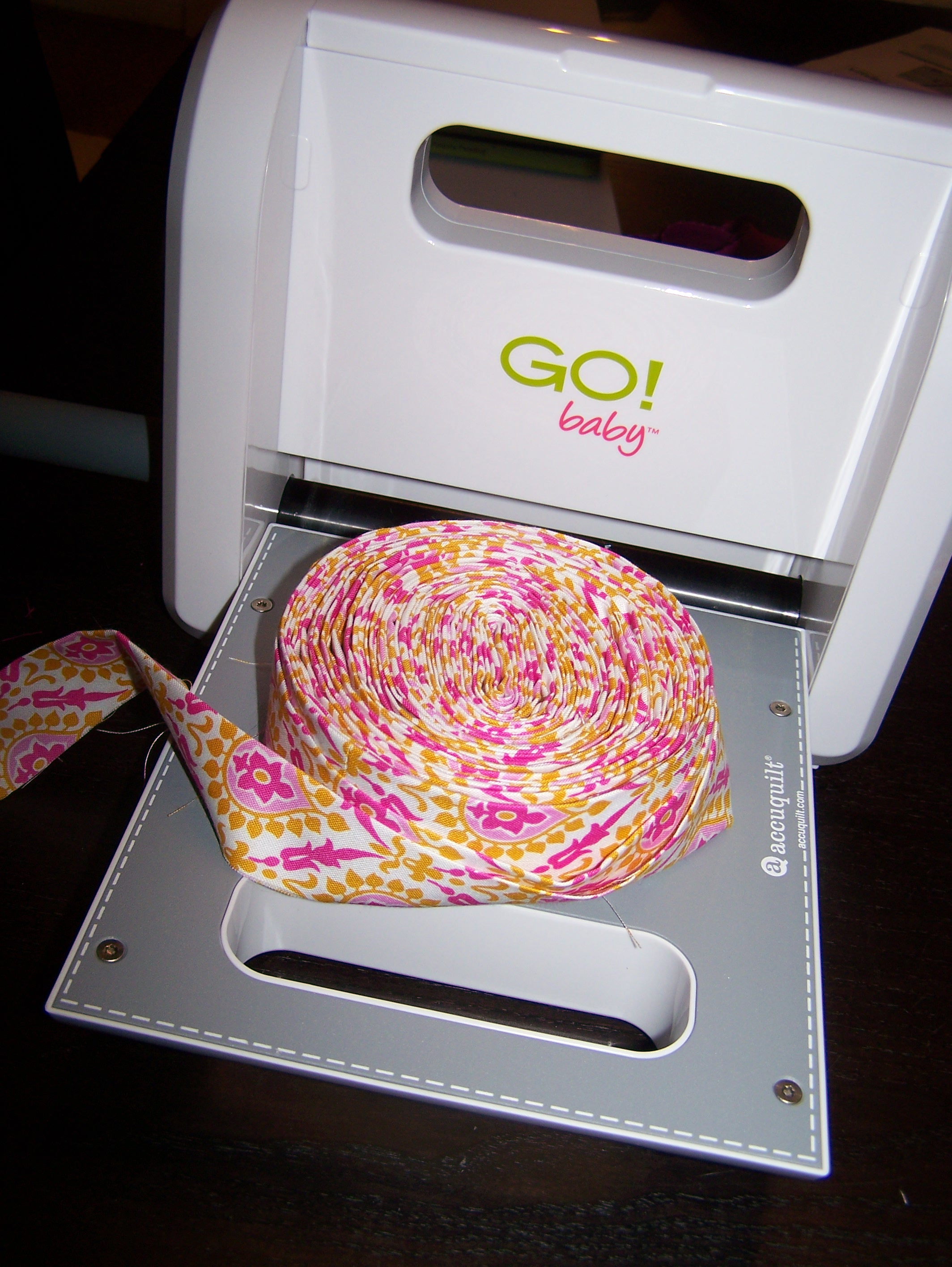 Accuquilt Go Baby Fabric Cutter Review Craft Buds