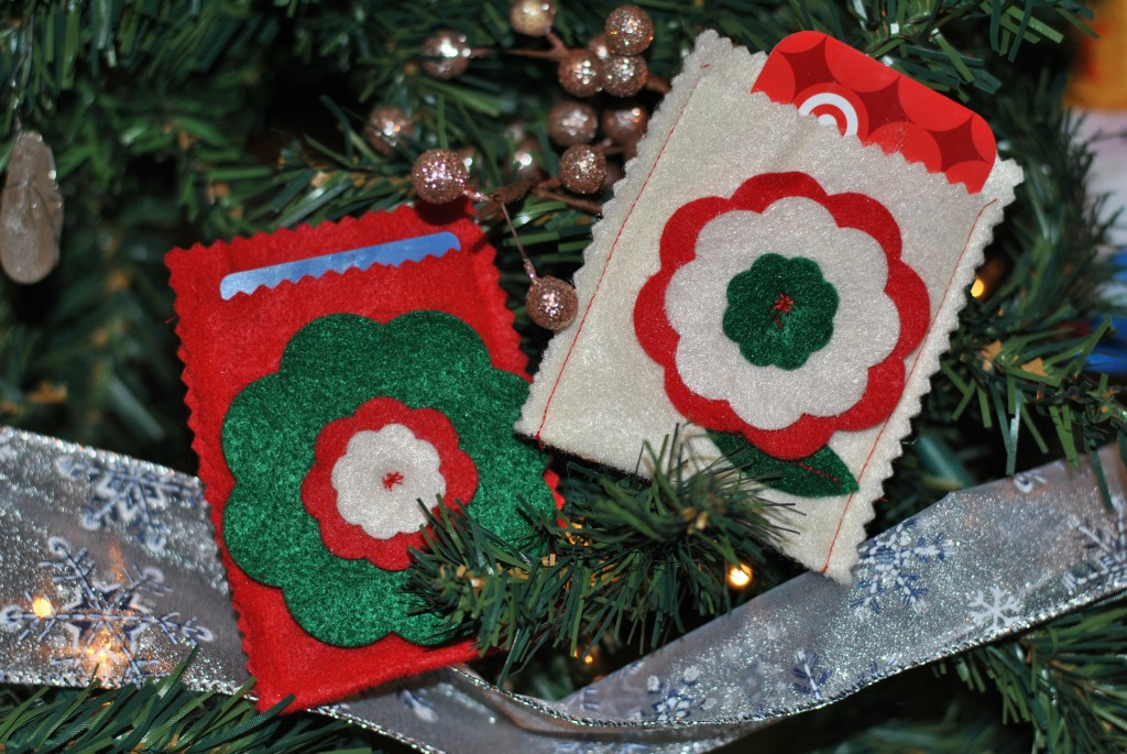 Felt flower gift card sleeves