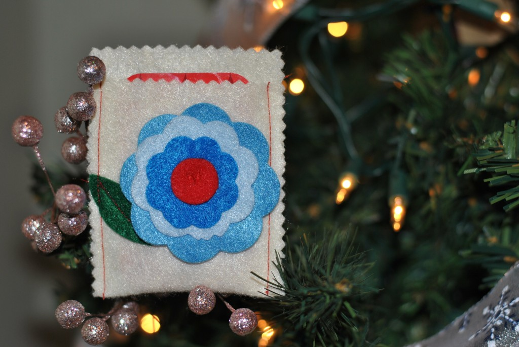 Felt Flower Gift Card Sleeve