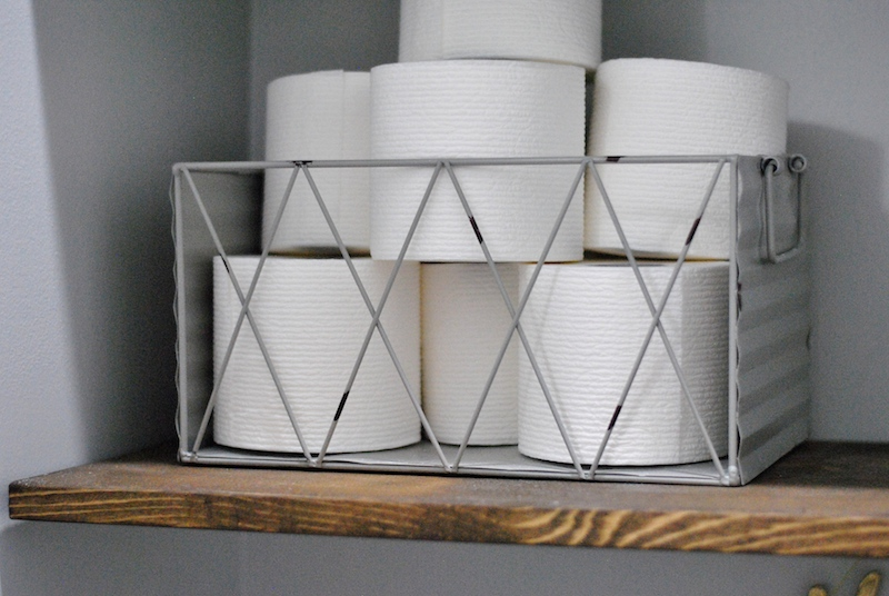 "Use wire baskets for a farmhouse look on your DIY ""floating shelves"""